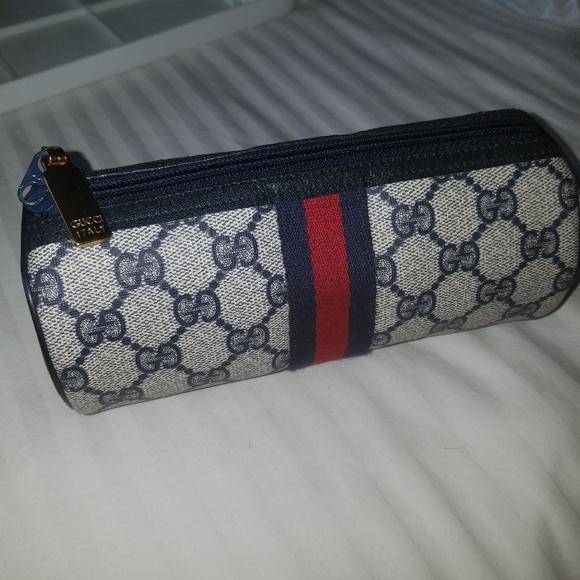 Gucci Handbags - NWOT Gucci barrel